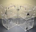 Schrank aus Acrylglas