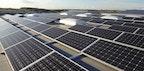 Photovoltaik-Anlage auf Lagerhalle