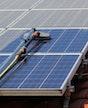 Photovoltaikanlagaenreinigung